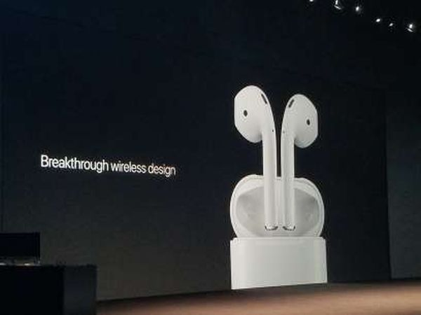 Apple-AirPods-1