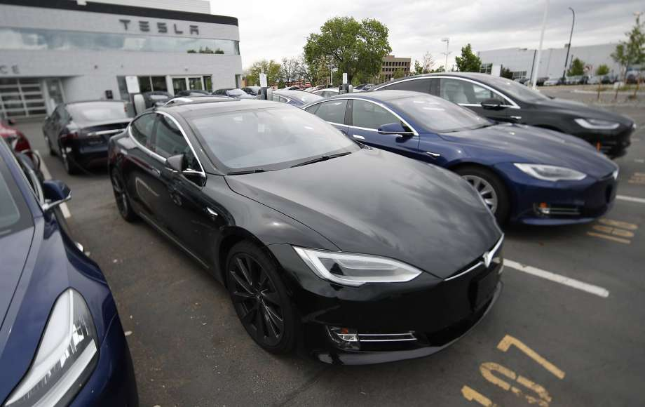 Electric Cars Myths and Facts